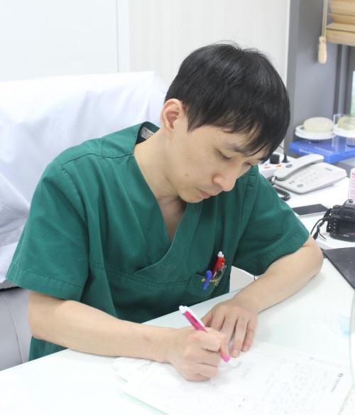 성형수술 후 부기(붓기)관리의 중요성
