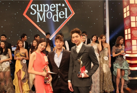 쥬얼리성형외과, `2012 슈퍼모델 선발대회` 후원